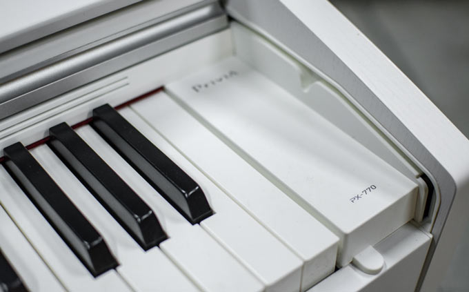Casio PX-770 keyboard