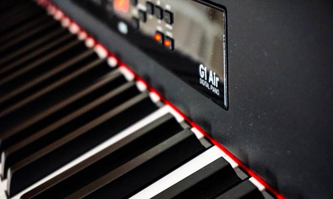 Korg G1 Air keyboard