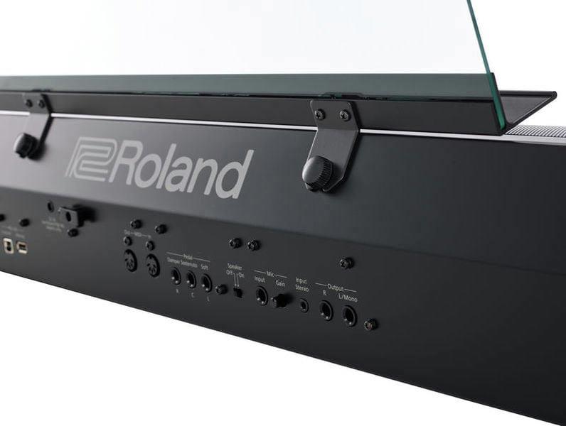 Roland FP-90 connectors