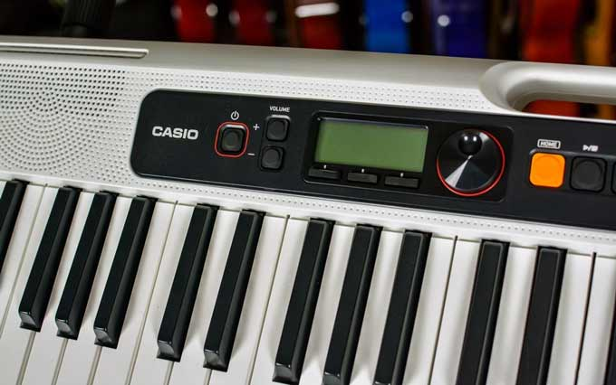 Casio Casiotone CT-S200 controls