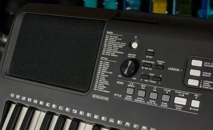 Yamaha PSR-E363 PSR-EW300 controls