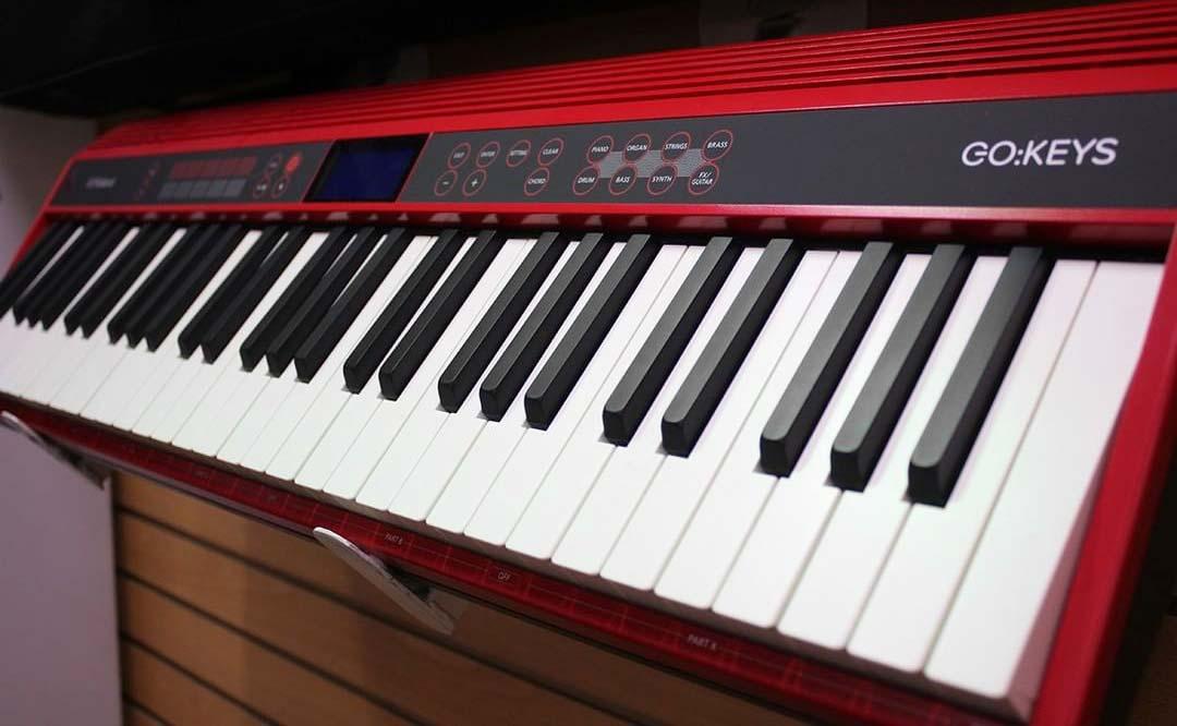Roland GO:Keys angle view