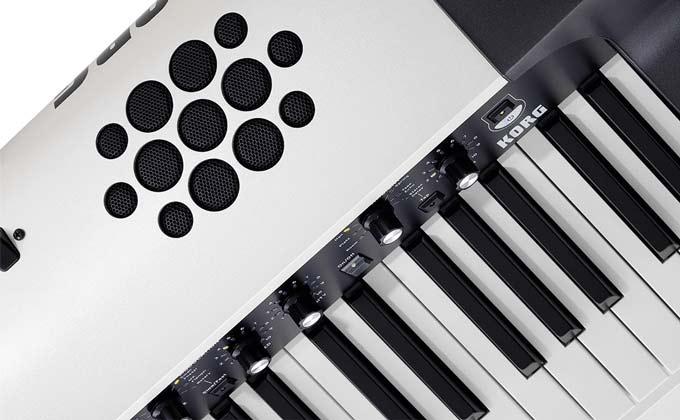 Korg SV-2S speakers top