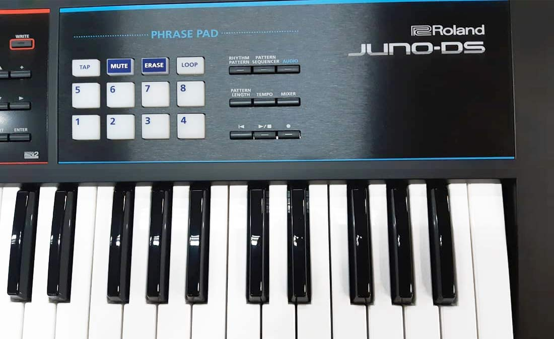 Roland JUNO-DS front panel