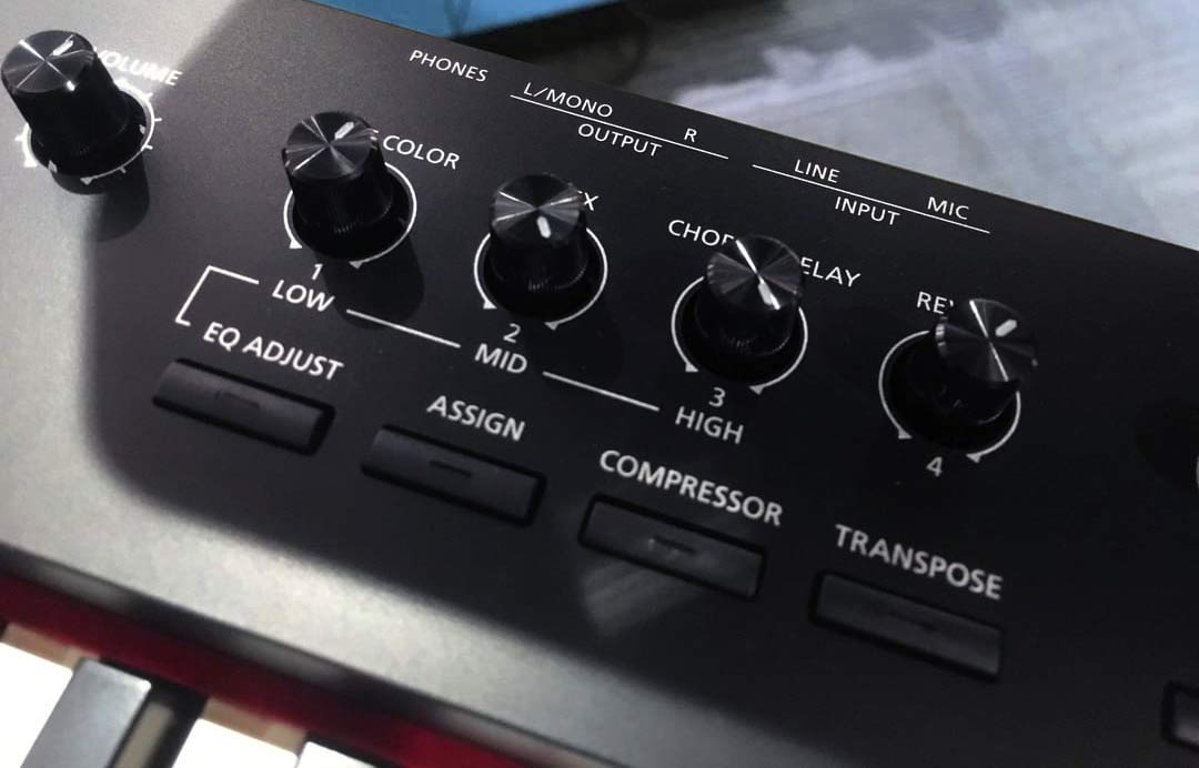Roland RD-88 assignable knobs