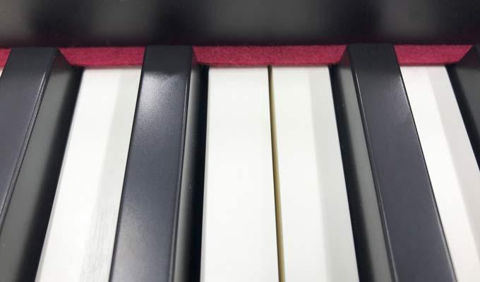 Roland RD-88 ivory keys