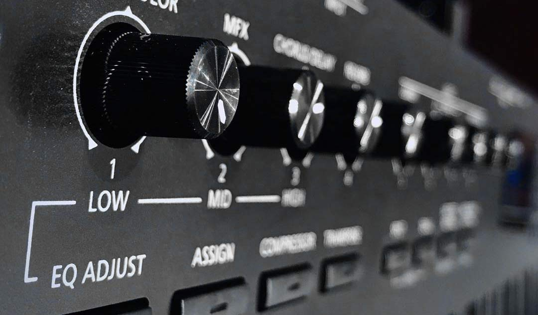 Roland RD-88 knobs closeup
