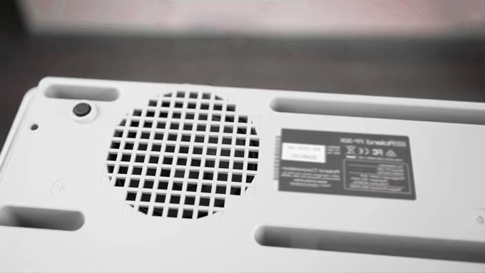 Roland FP-30X speakers
